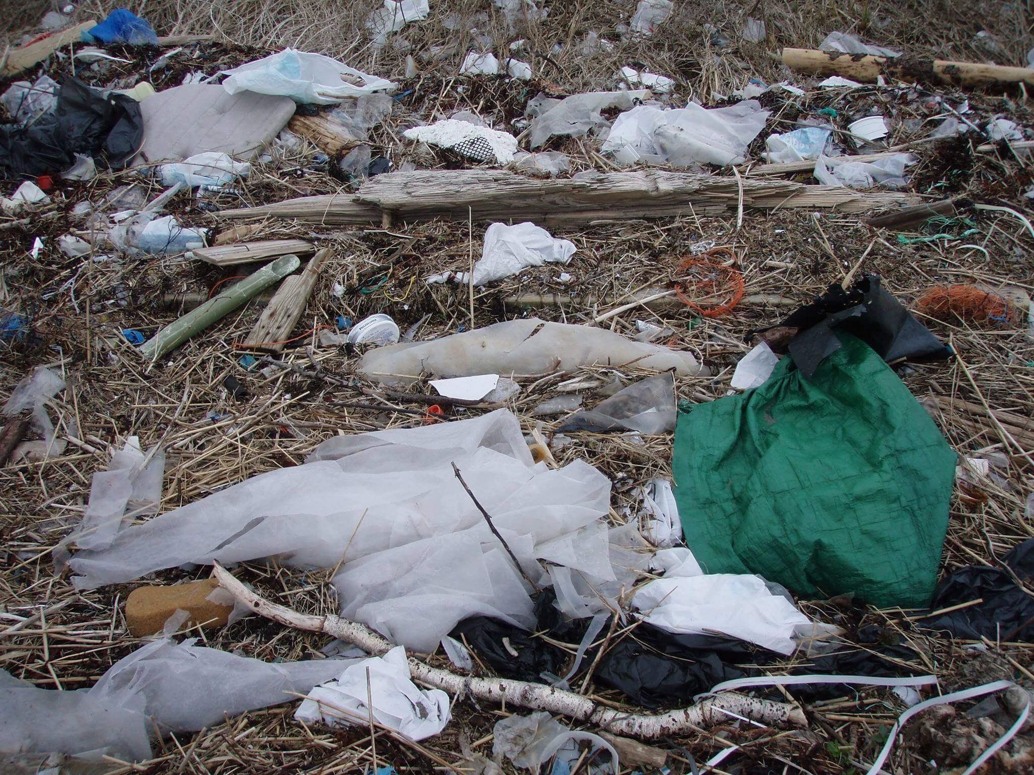 søppel på strand